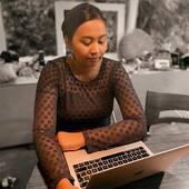 ACHTUNG ACHTUNG (2/10) 🙈‼️  Du kan betale med betalingskort - men ikke Mobilepay på nuværende tidspunkt på webshoppen (latl.dk), da vores betalingsudbyder YOURPAY har indgivet en konkursbegæring i går (d.1/10). Og nej, der er ingen gennemførte ordrer der er blevet berørt af det, bare rolig 👏🏻🤟🏼😊  🖥 BOSS LADY, hun arbejder på højtryk på at få Mobilepay løsning op igen på webshoppen.   Meeeeenn, du kan stadig betale med Mobilepay hvis du indgiver ordre manuelt ved at sende en mail eller besked til os og når du handler i vores showroom i Horsens 💜❤️🧡💛💚💙  Happy shopping 🛍✨